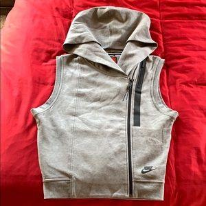 Nike Vest size S NWOT